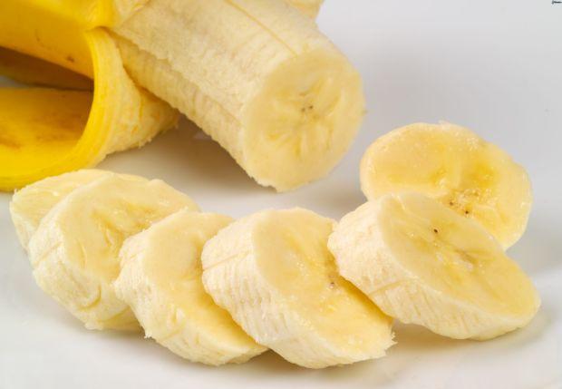 banana-cutting
