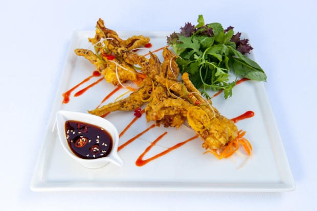 8 - VF Cua Lot Chein Gion-Soft Shell Crab Tempura - 68 AED.jpg