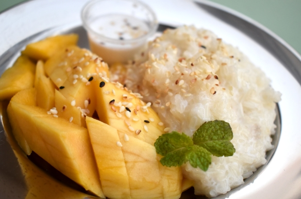 Mango-sticky-rice-thai-food-dubai-cafe-isan-close